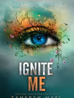 What happened in Ignite Me? (Shatter Me #3)
