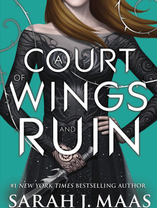 What happened in A Court of Wings and Ruin? (A Court of Thorns and Roses #3)