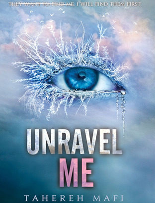 What happened in Unravel Me? (Shatter Me #2)